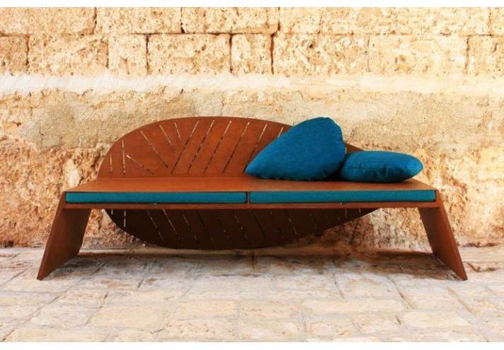 lila bench nina 39 s house. Black Bedroom Furniture Sets. Home Design Ideas